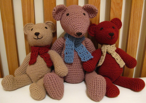 Crochet Teddy Bears by Craft Fix