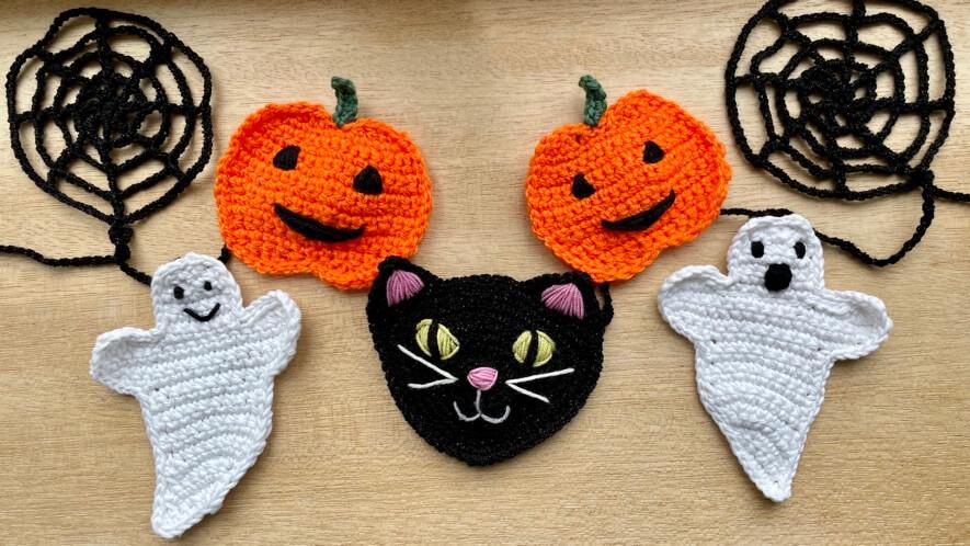 Halloween garland motifs