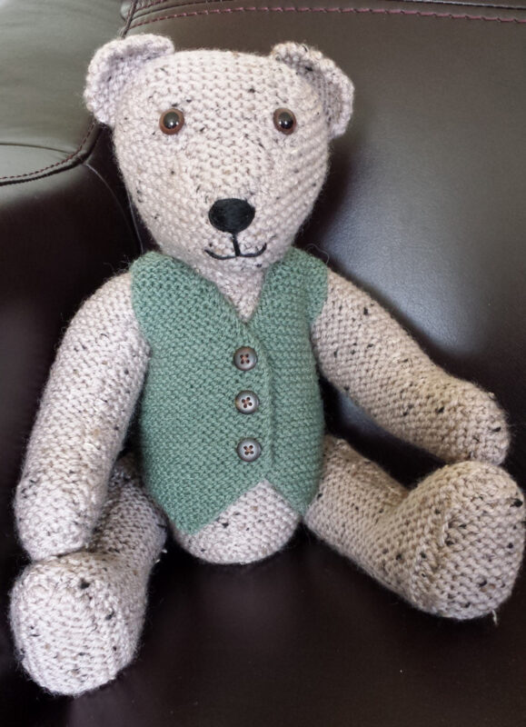 The Knitted Teddy Bear by Sandra Polley Book Review